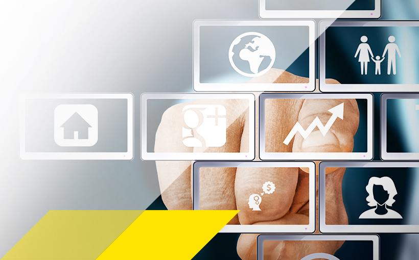 Finger zeigt auf Symbole zur Digitalisierung