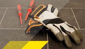Arbeitshandschuhe in grau/schwarz mit 2 Schraubendreher